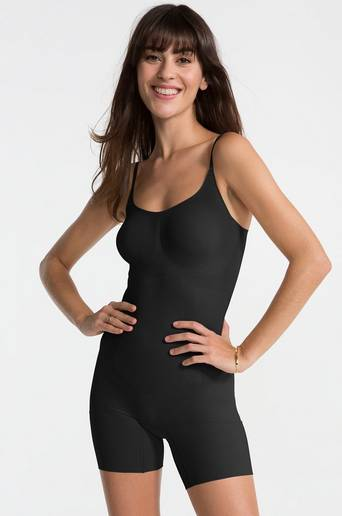Muotoileva Mid-Thigh -alusasu