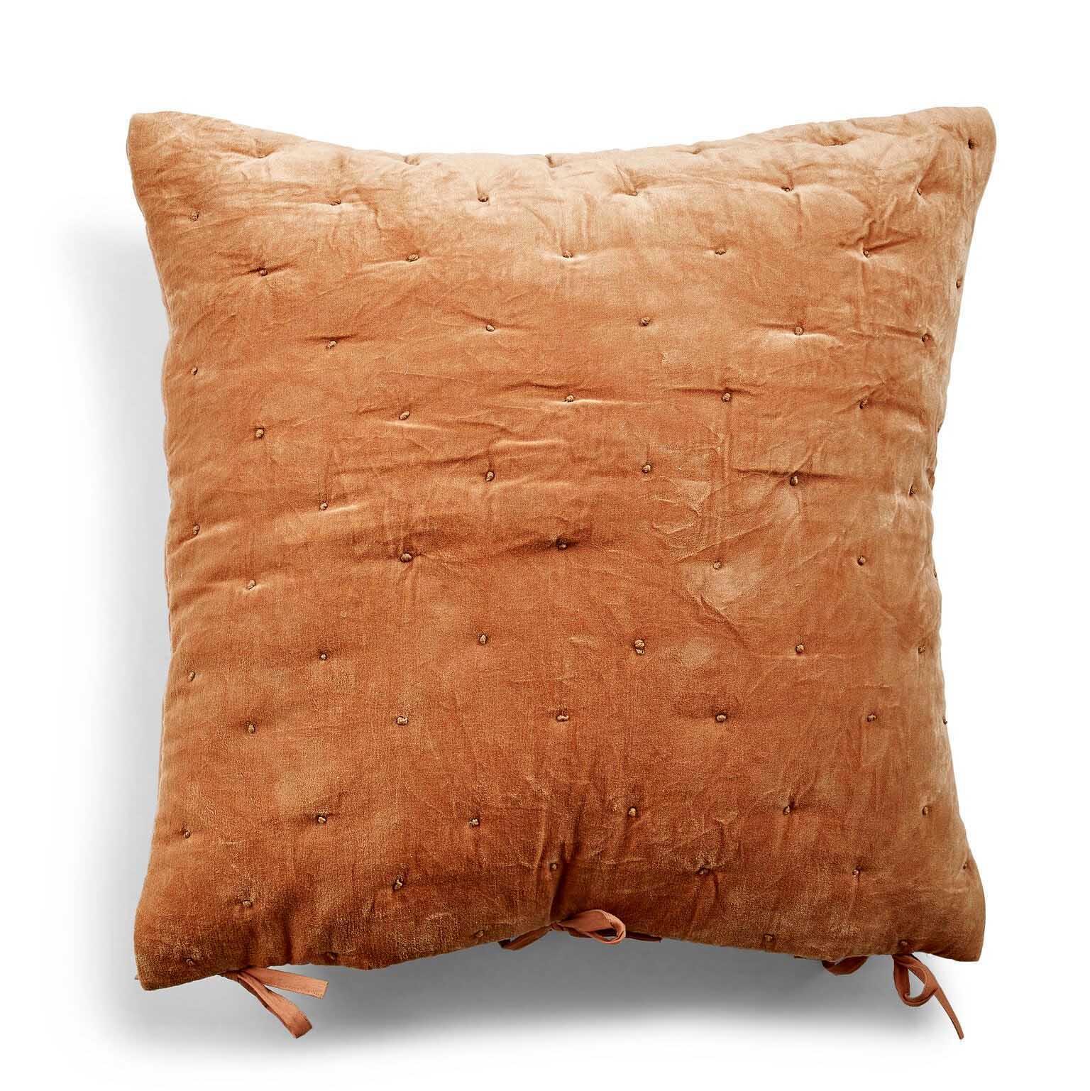 Velvet Cushion Cover Quilted -tyynynpäällinen 50 x 50 cm