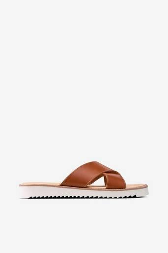 Axamo EP -sandaalit