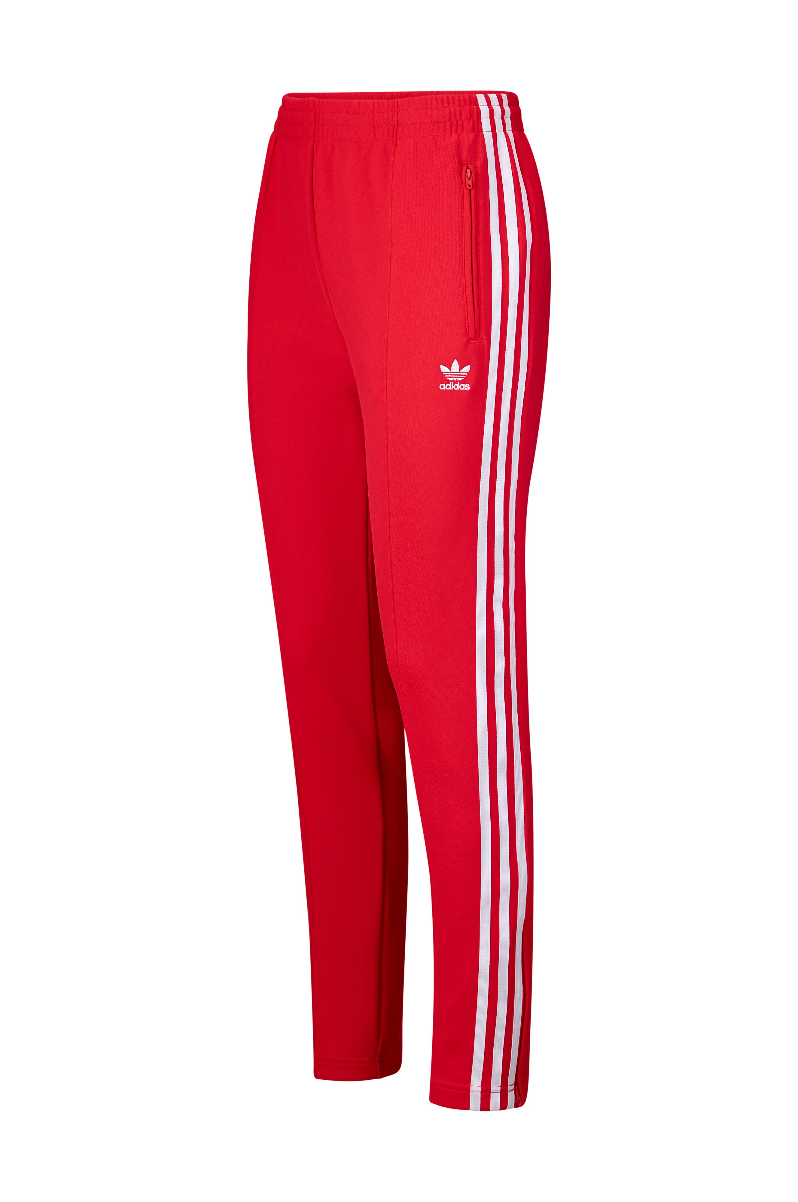 detaljhandelspriser fantastiskt urval snygga skor adidas Originals Träningsbyxor SST Track Pants - Röd - Dam - Ellos.se