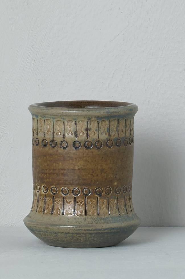 Bilde av Vase Alingsås Keramik Ulla Winblad, høyde 10 cm - Brun