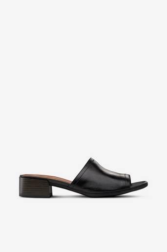 Saide-sandaletit