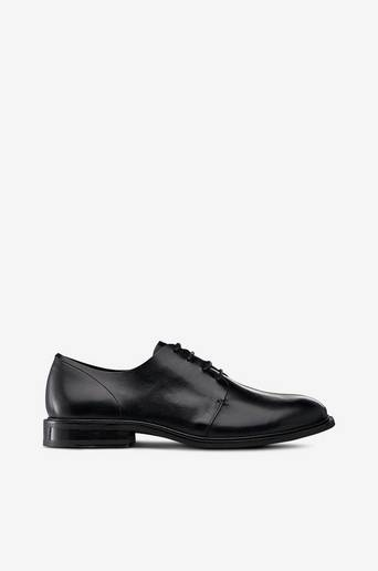 Bare miesten kengät