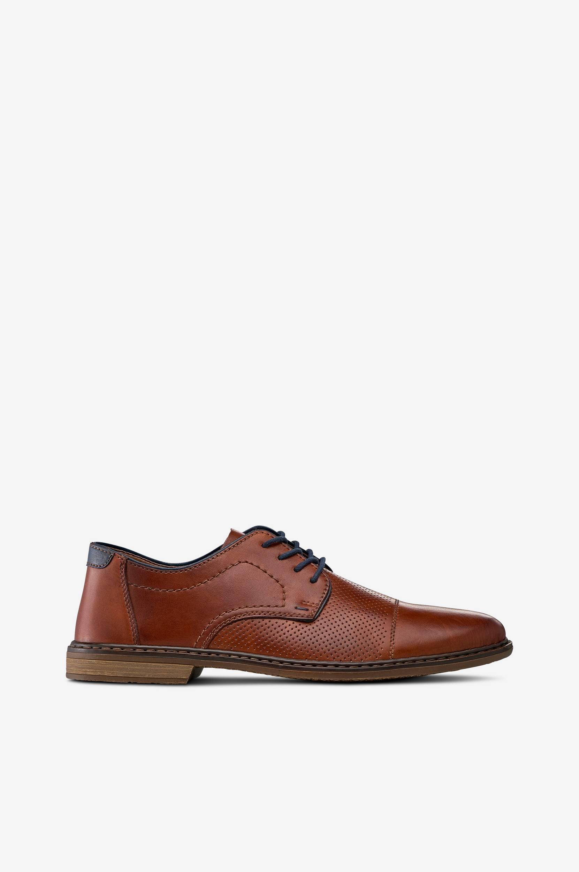 Miesten kengät, joissa rei