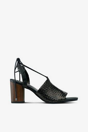 Carol-sandaletit