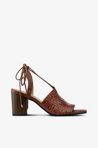 Carol sandaletit