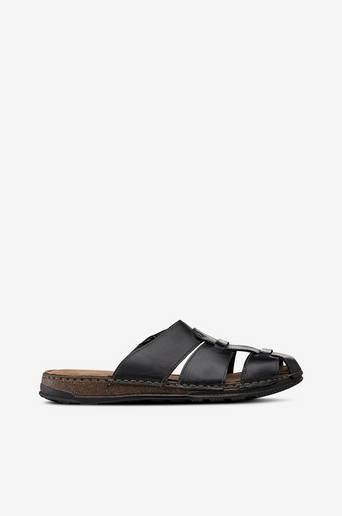 Sandaalit nahkaa