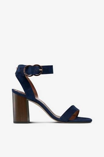 Valamas-sandaletit