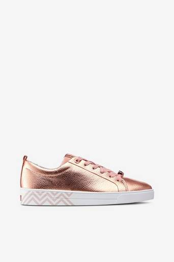 Kelleip-kengät