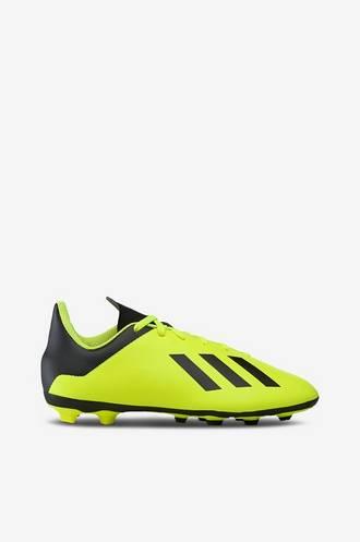 Hitta bästa priserna på Fotbollsskor och få cashback  9db7951700a4e