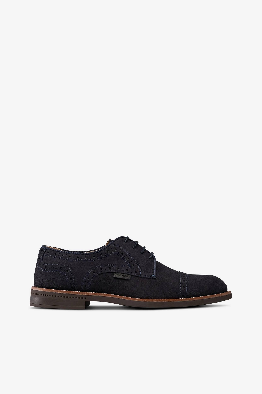 Fred Derby -kengät, joissa broguekuvio