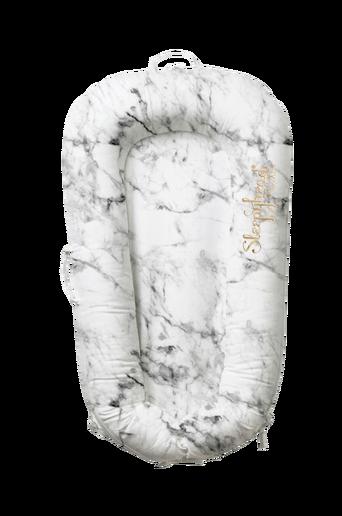 Deluxe+-vauvanpesä Carrara Marble