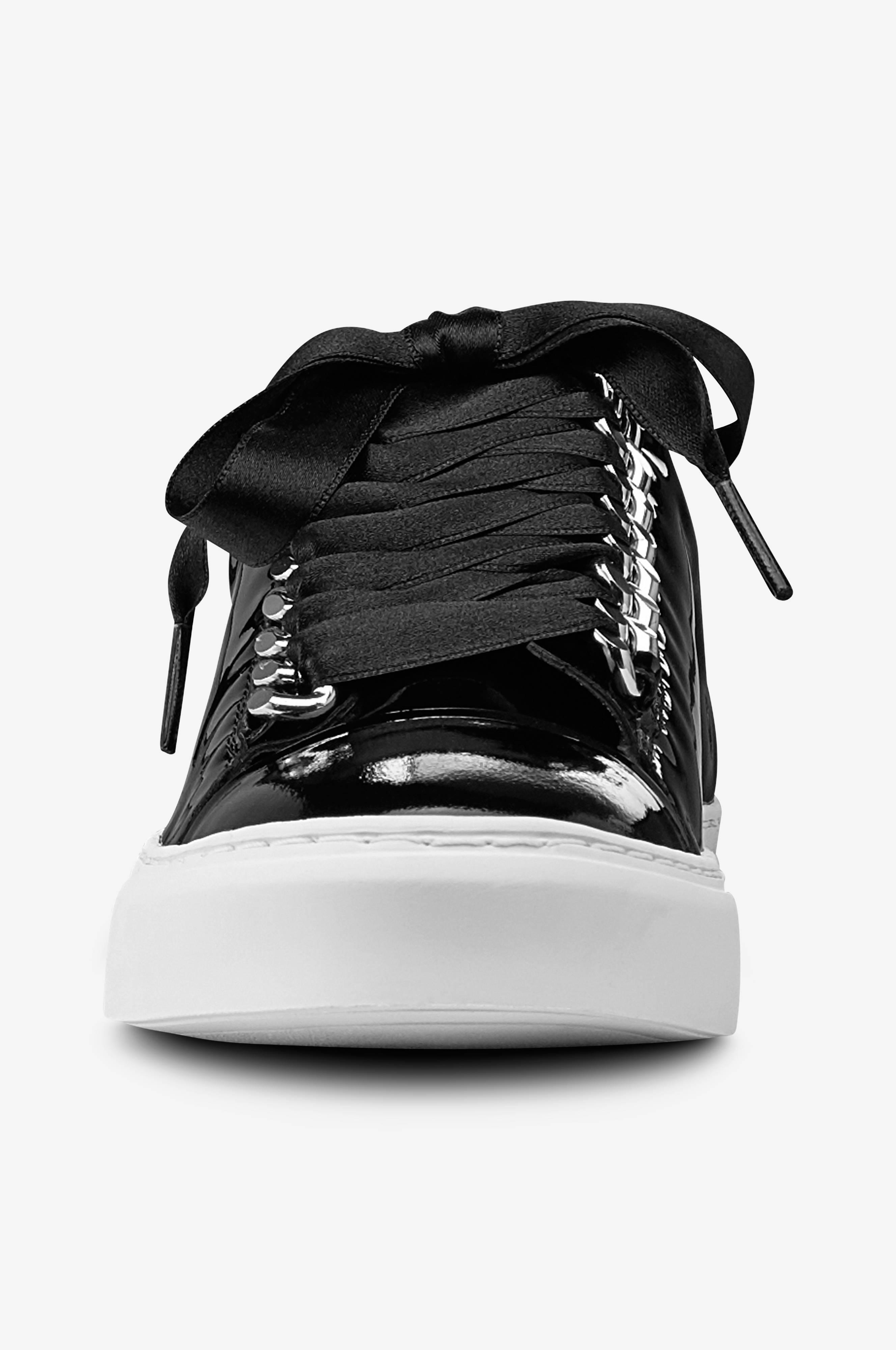 Svarta lack sneakers