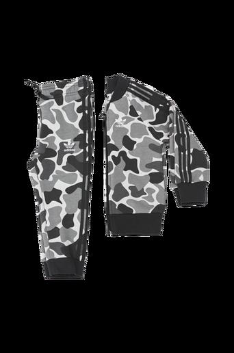Camo Trefoil SST Track Suit-treeniasu