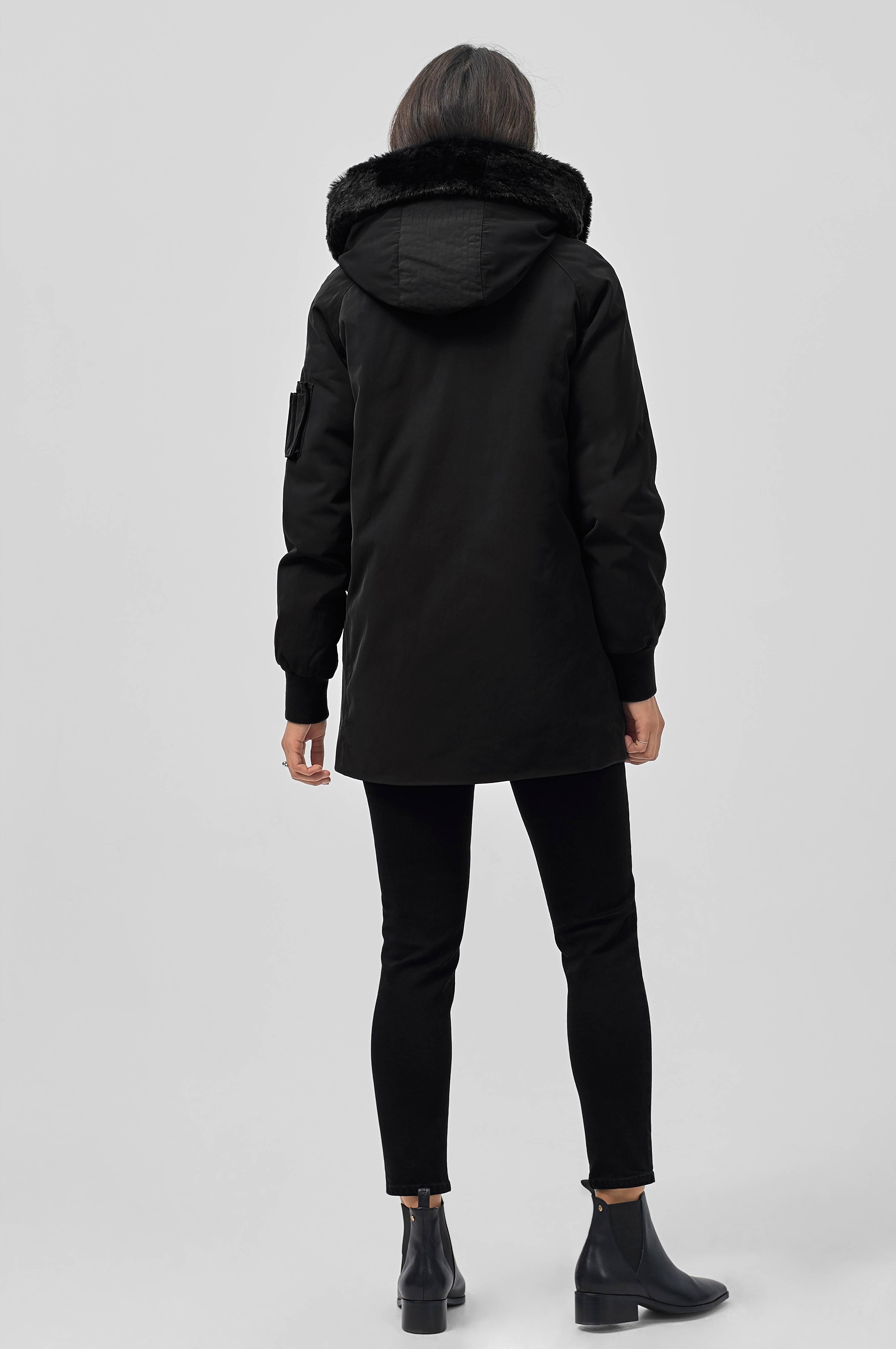 Black Hale  Whyred  Dunjakker - Dameklær er billig