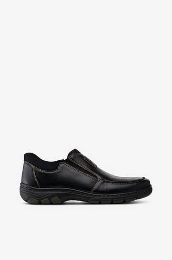 Slip-on-malliset kengät