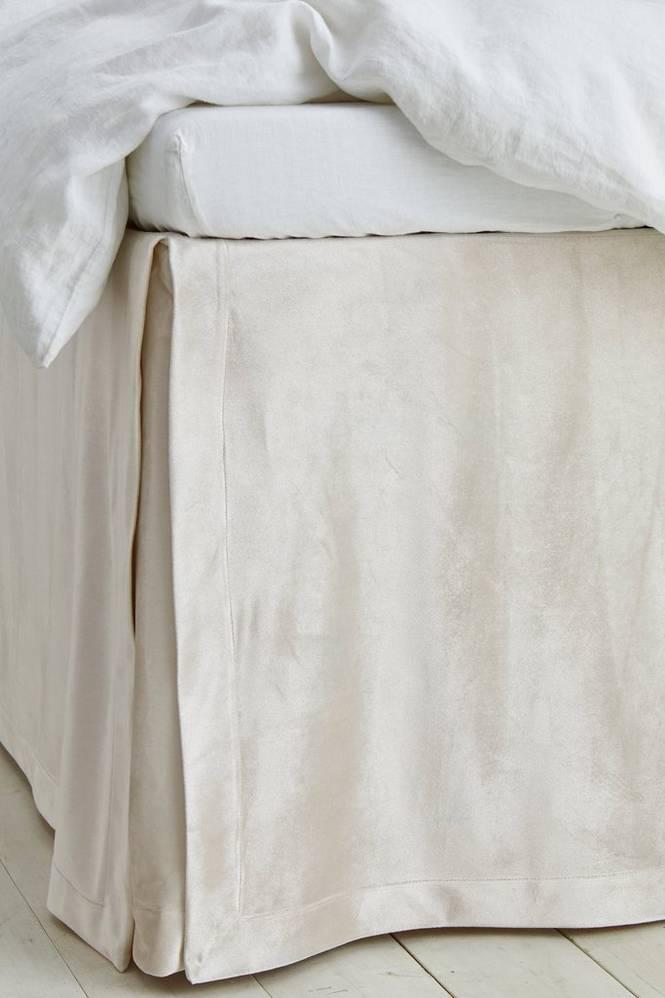 Sängkappa Sanora i sammet höjd 60 cm