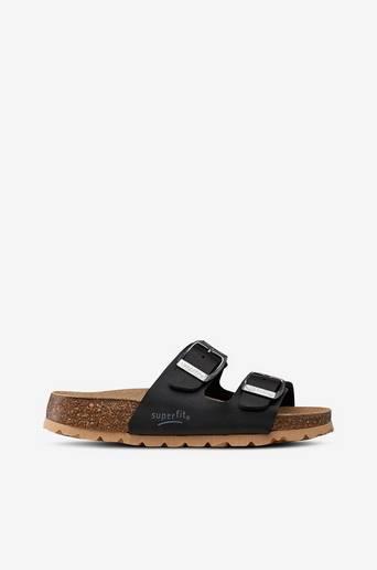 Korkis-sandaalit, pistokasmalli