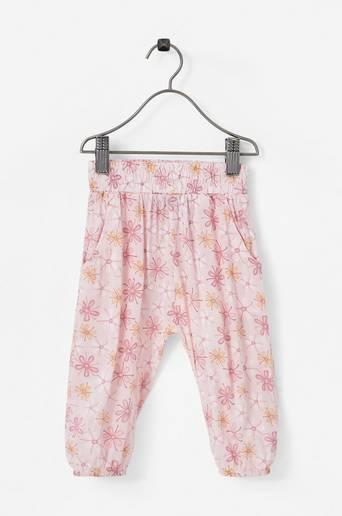 Housut Into Pants