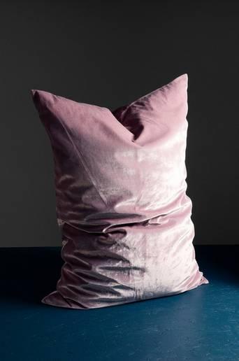 Plain cushion 70x100 cm