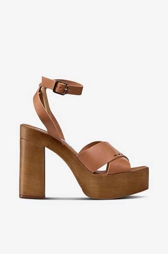 Sandaletit Liliana