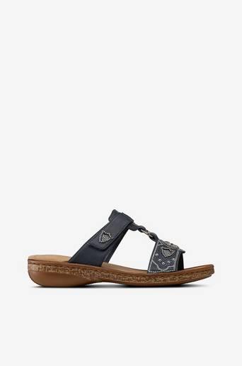 Sandaalit, joissa hopeakoriste