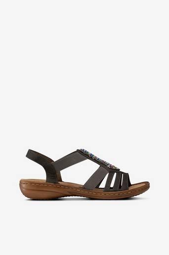 Sandaalit, joissa helmikoriste
