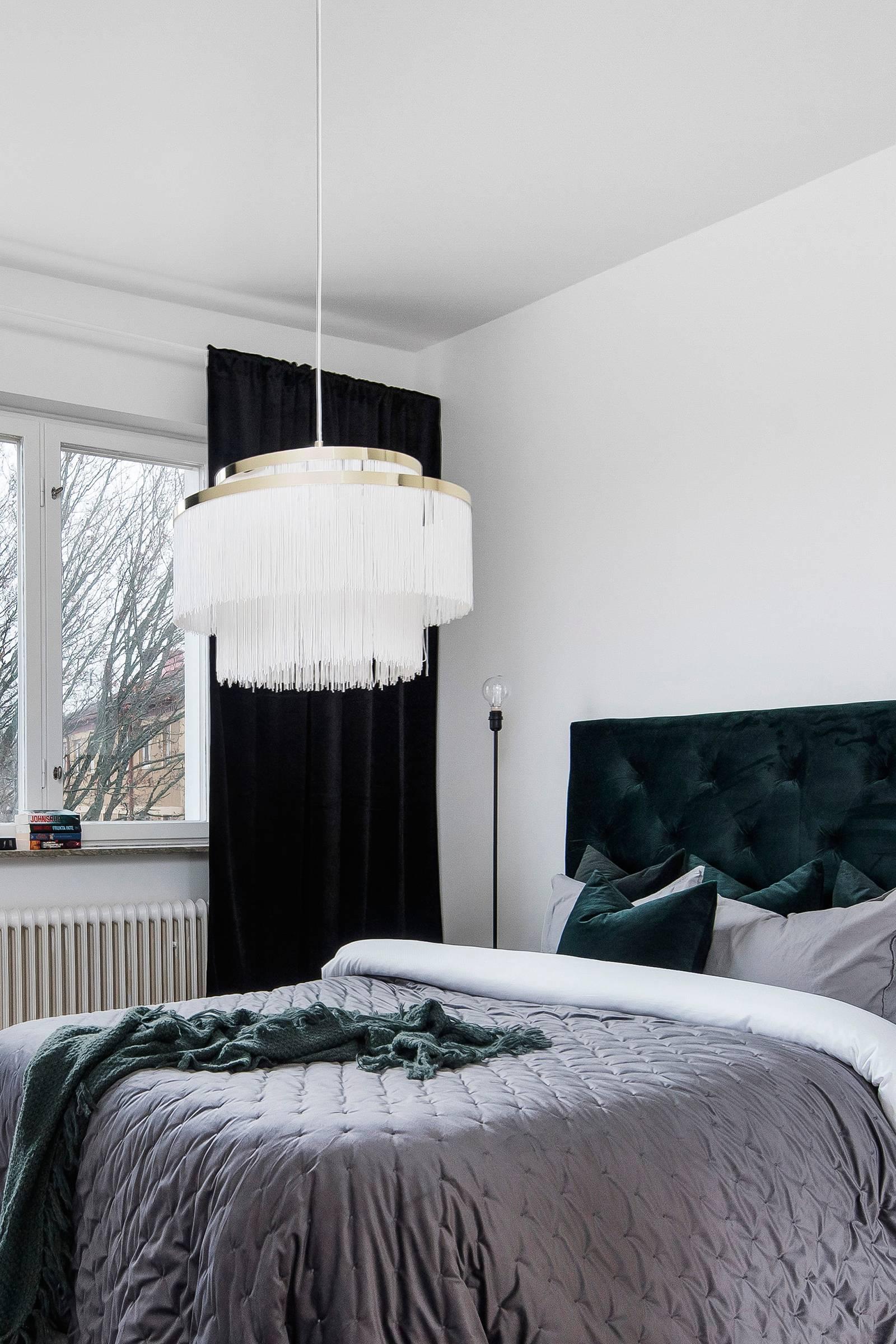 Globen lighting Taklampa Frans Vit Belysning Homeroom.se
