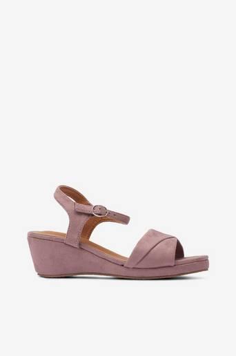 Sandaletit samettia