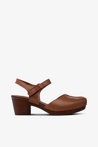 Sandaletit pehmeää nahkaa