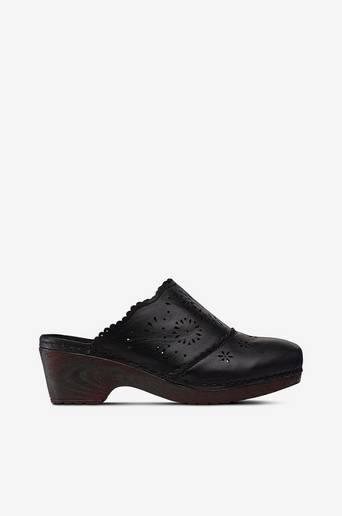 Sandaalit/puukengät