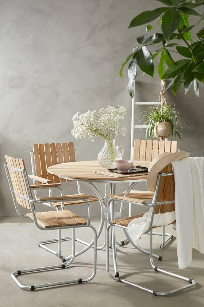 Matgrupp Berså 4 stolar och bord