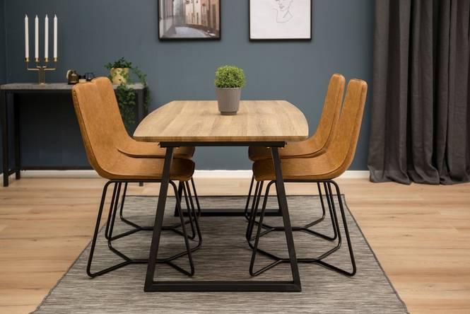 Matgrupp Isny bord och 4 st Cross stolar