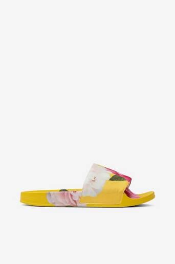 Slip in -sandaalit Avelini