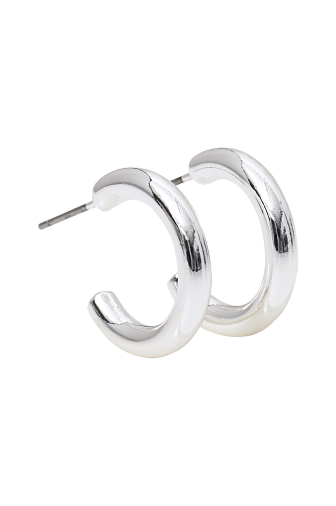 Snö of Sweden Øreringe Adara Small Oval Earring