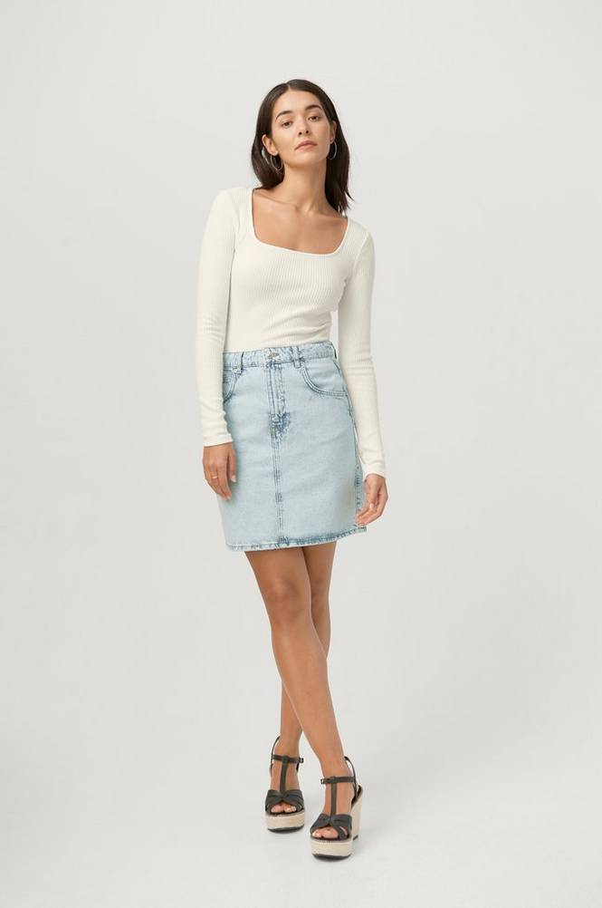 Se Gina Tricot Denimnederdel Mom Denim Skirt ved Ellos