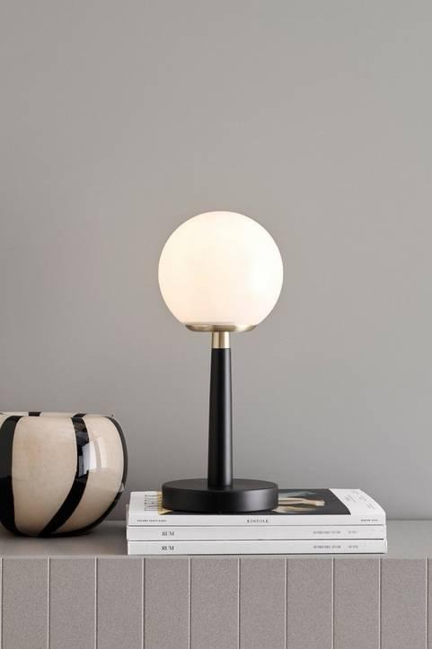 Bordslampa Byron