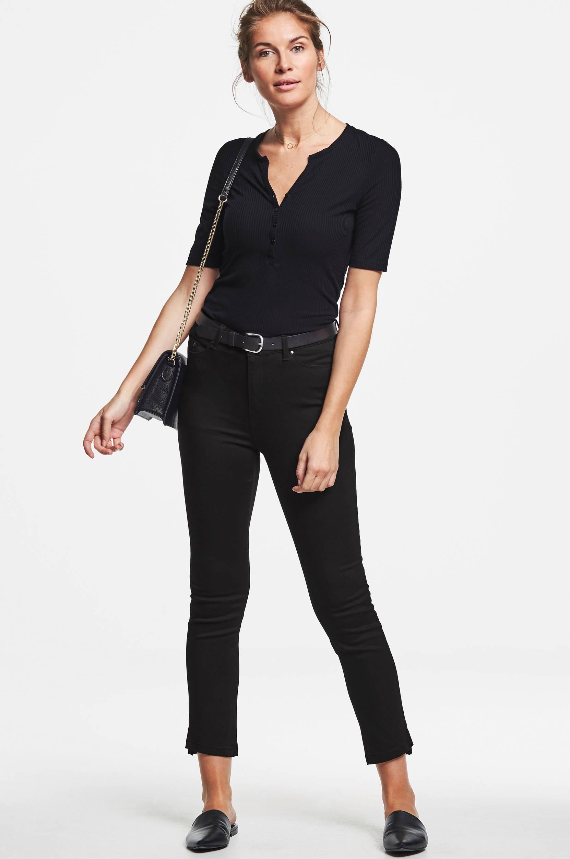 The straight leg trousers -housut