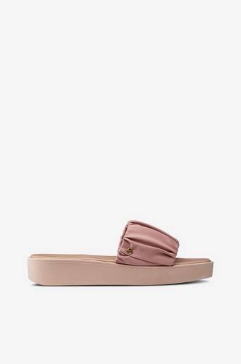 Astrid-sandaalit