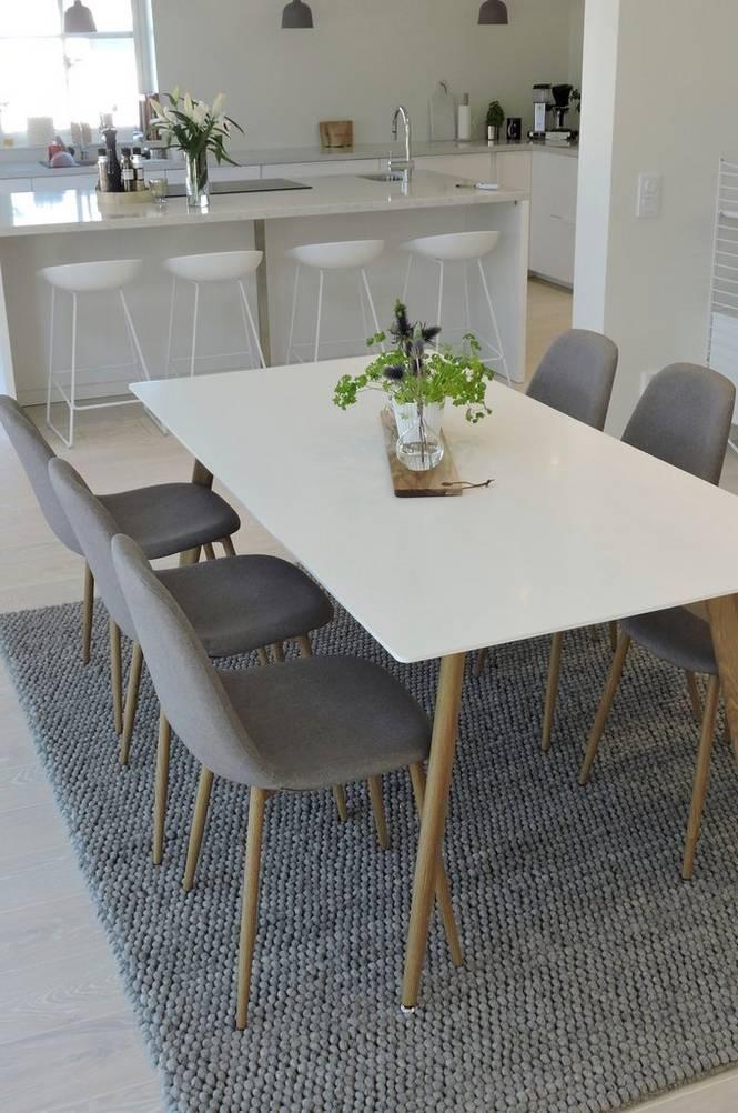 Matgrupp Polar med bord och 6 st stolar