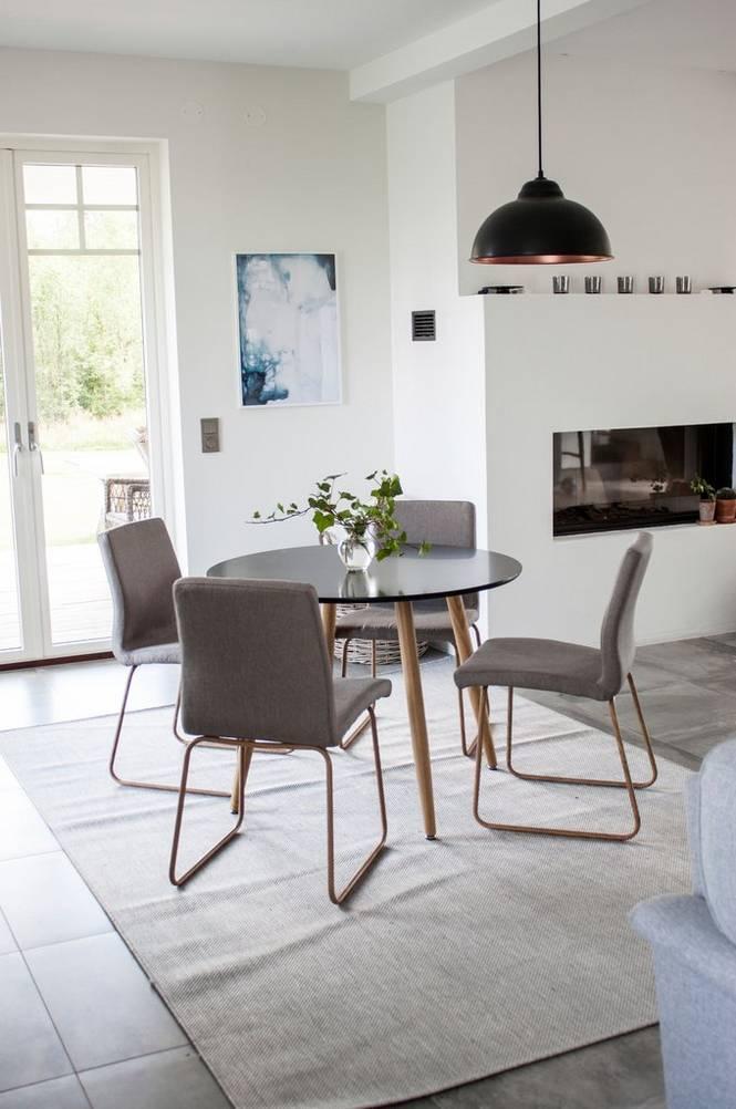 Matgrupp med Plazabord och 4 st Mace stolar