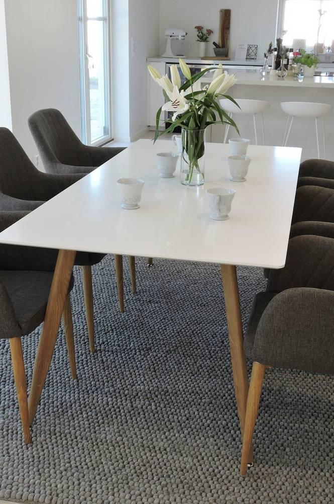 Matgrupp med Polarbord och 6 st Comfort stolar