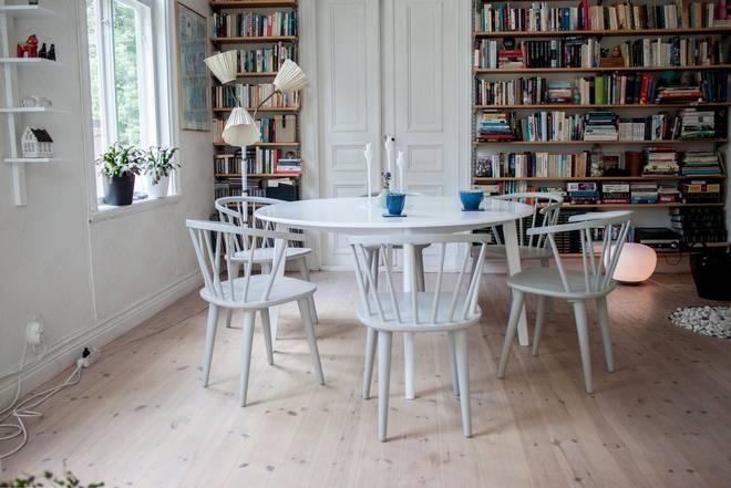 Bilde av Beatrice bord 140 + Bullerbyn stol (6-pk)
