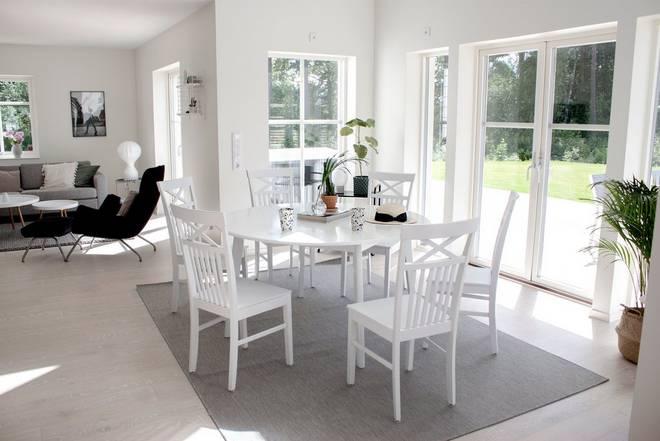 Bilde av Beatrice bord 140 + Beatrice stol (6-pk)
