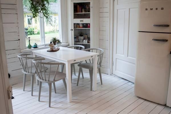 Bilde av Beatrice bord (Extention) 120 + Bullerbyn stol (4-pk) - 30151