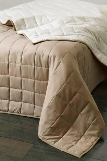 MATILDA-päiväpeite kapeaan sänkyyn 180x260 cm Luonnonvalkoinen/beige