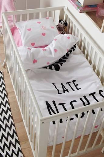 Ekologinen vauvan LATE NIGHTS -pussilakanasetti, 2 osaa Musta/roosa