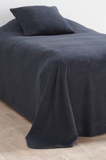 FLISA-päiväpeite kapeaan sänkyyn 180x260 cm Mariini