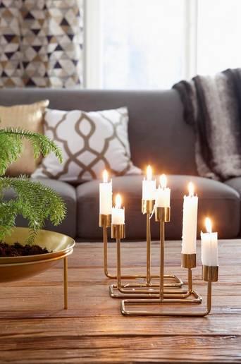 RÖRVIK-kynttelikkö Messinginvärinen