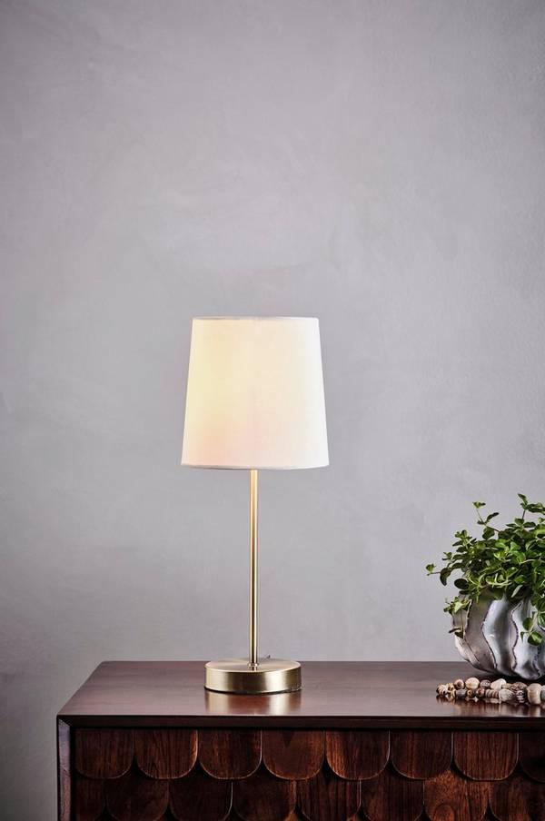 JADA bordlampe i 2020 | Glødepære, Lampebord, Lyspærer
